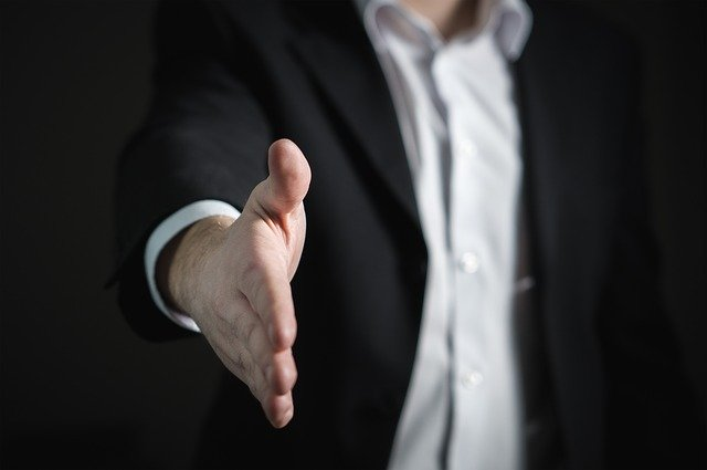 新卒で仕事を辞めたい公務員の退職の仕方